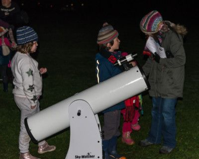 family-star-gazing-event-in-callander-november-2018