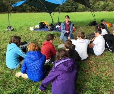 Jess from AOC Archaeology leading a school workshop for McLaren High pupils, September 2019